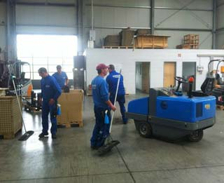 Industriereinigung durch BRENNECKE Cleaning